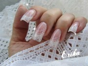 romantic wedding nail design