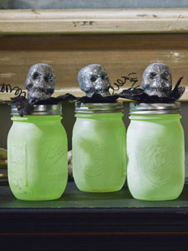 17 DIY Mason Jars Ideas for Spooky and Spectacular