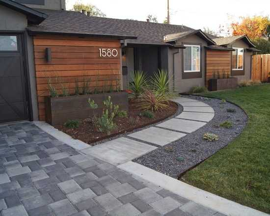 great front walkway home design