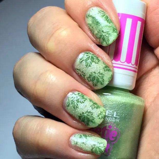 18 Bright Spring Nail Art Ideas in Green Shades
