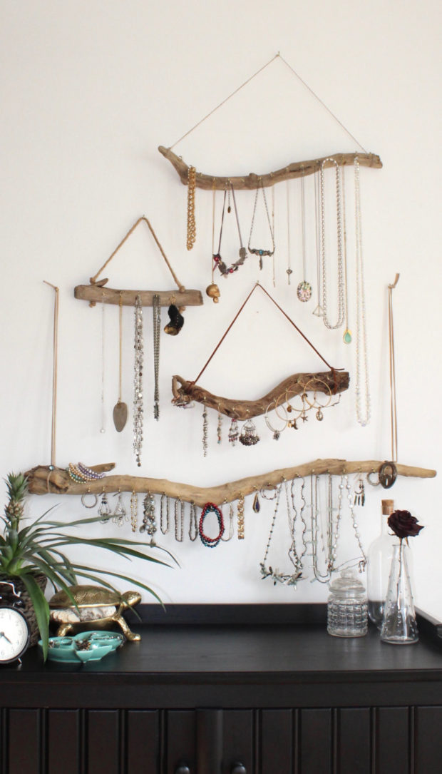 15 Crazy Handmade Driftwood Decorations That You Can Craft For No Cost At All
