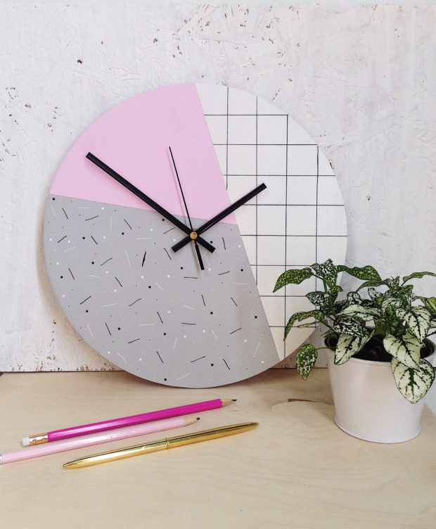 16 Chic Handmade Wall Clock Designs That Make Great DIY Projects