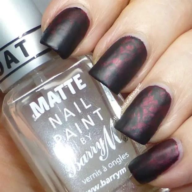 Cool Dark Matte Nail Designs to Copy this Season