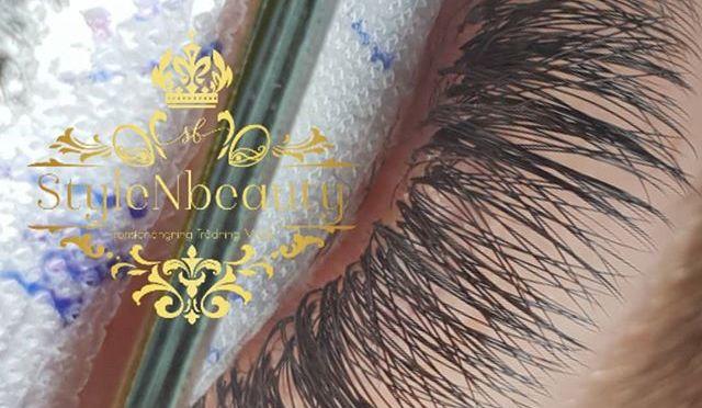 💫volume lashes – soft and fluffy lashes 👌 🌟Erbjudande just nu 795 kr nytt set Volymfransar/black diamomd 2D volym (ord.pris 1195kr) www.stylenbeauty.se