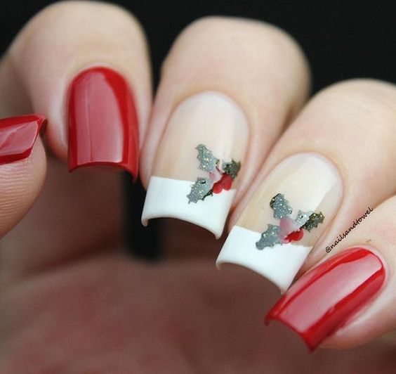 Bright and Festive Christmas Nail Art Designs For This