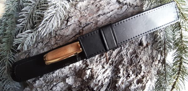 stylos en bois avec pochette cuir
