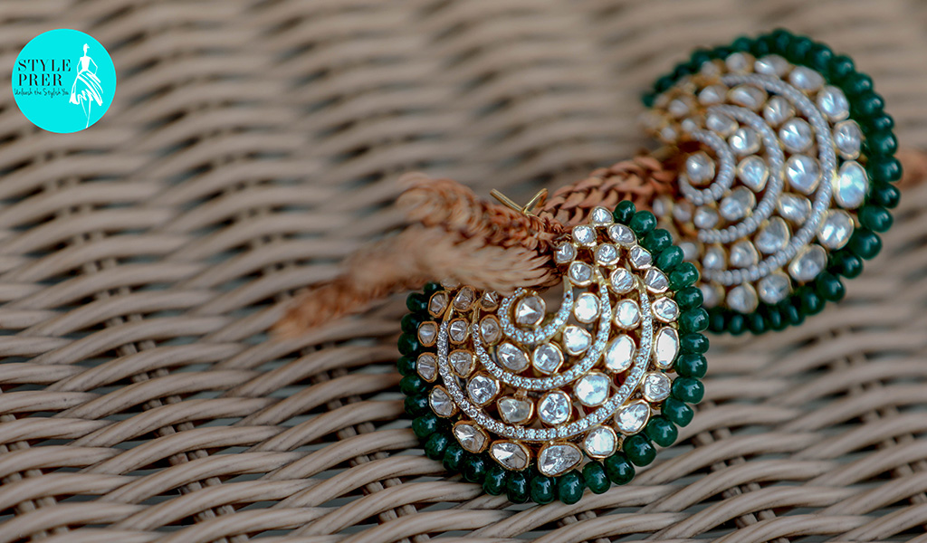 Monday Blues! Nah Emerald Greens :) In A Woven Pattern With Polki (Uncut Diamonds)