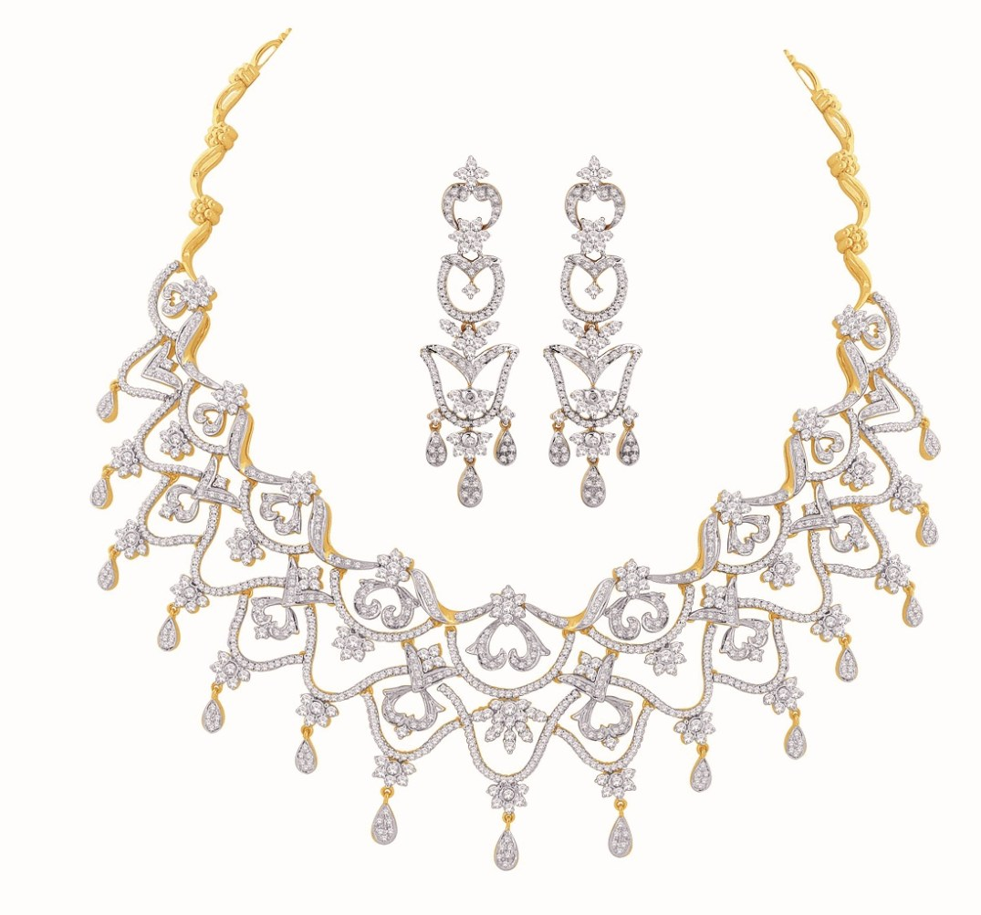 Diamond Bridal Necklace Set By Nakshatra At IIFA 2017 PC: Akcls