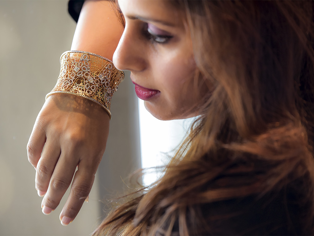 Geometric Cuff With Forevermark Diamonds By Kundan Jewellers