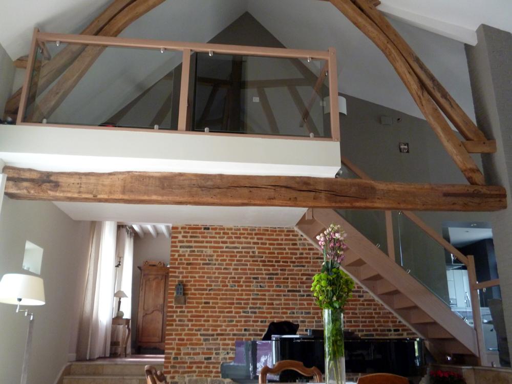 Styl'escalier : Gamme Création escalier en chêne blanchi avec ensemble vitré (rampe et étage)