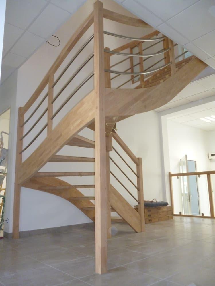 Styl'escalier : Gamme Création escalier avec rampe inox galbé et étage vitré