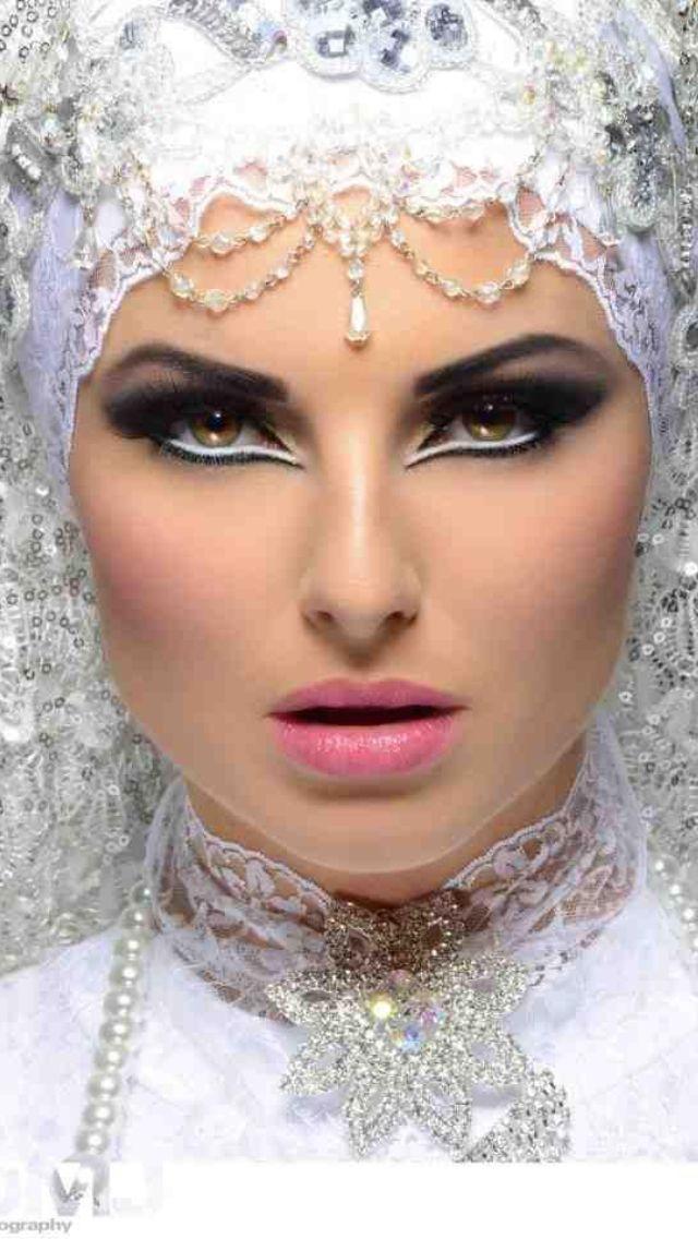 Beautiful Full Face Arabic Makeup