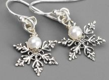 Latest Christmas Jewelry Gift Ideas for Her/ Xmas Jewelry Trends images 1