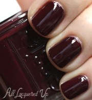 trendy winter nail colors