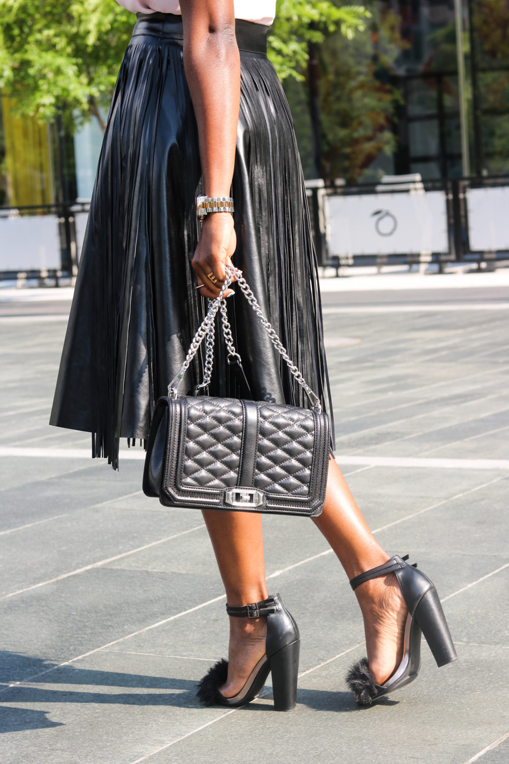 style synopsis quilted bag and fur heeled sandals
