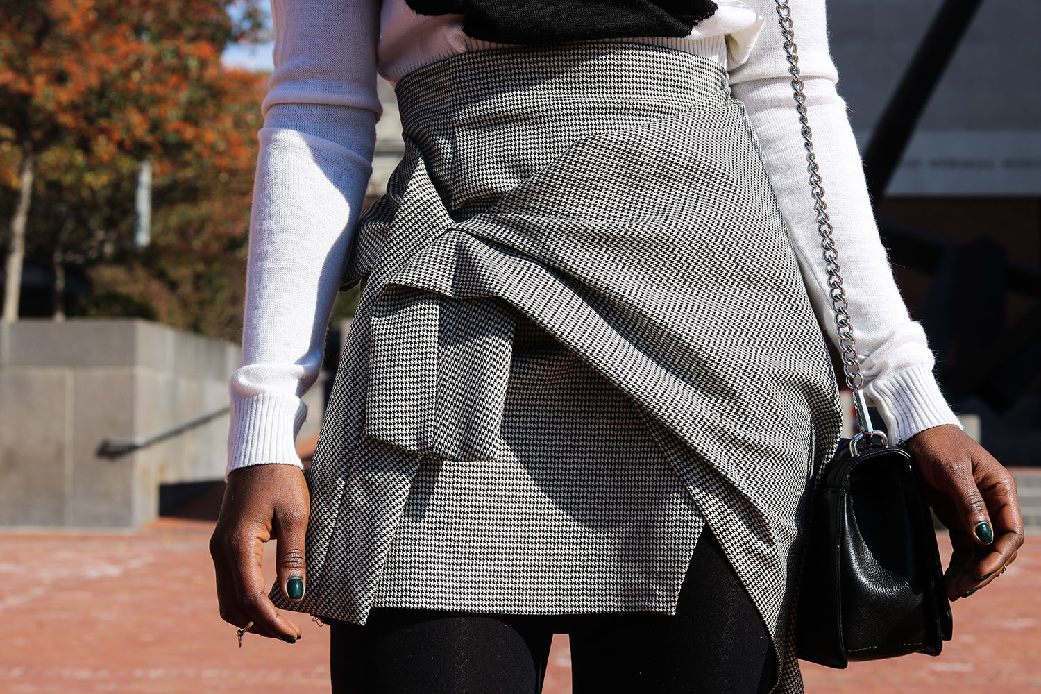 style-synopsis-structured-skirt