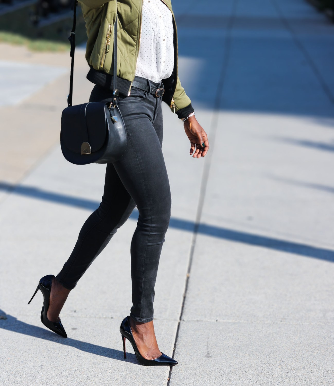 style-synopsis-bomber-jacket-fall-outfit-look