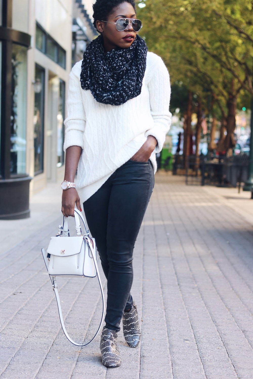 style-synopsis-leather-jeans-snake-skin-boots