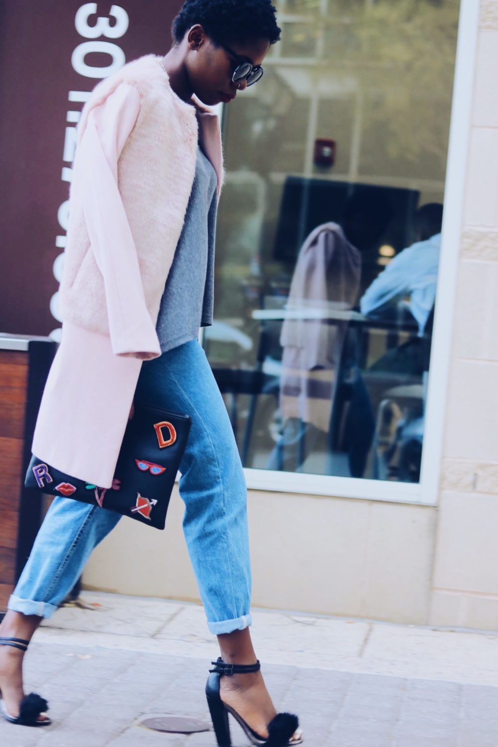 style-synopsis-layered-mom-jeans-fall-style