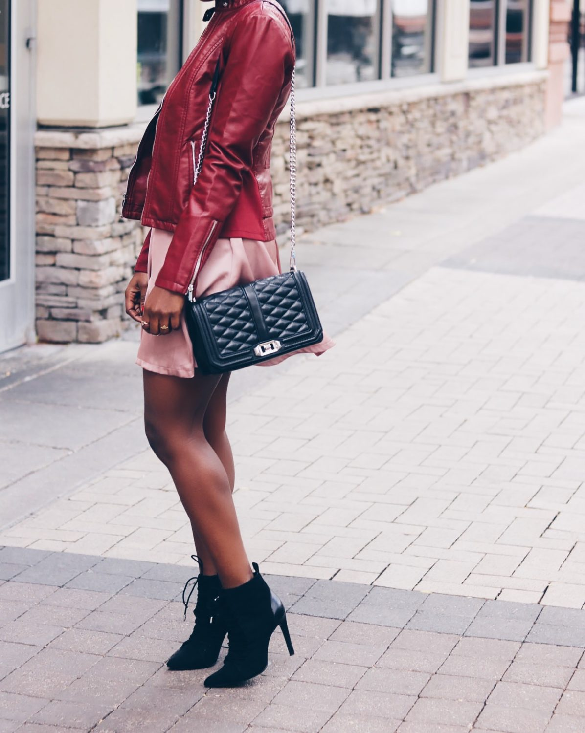 style-synopsis-quilted-cross-bag-booties-look