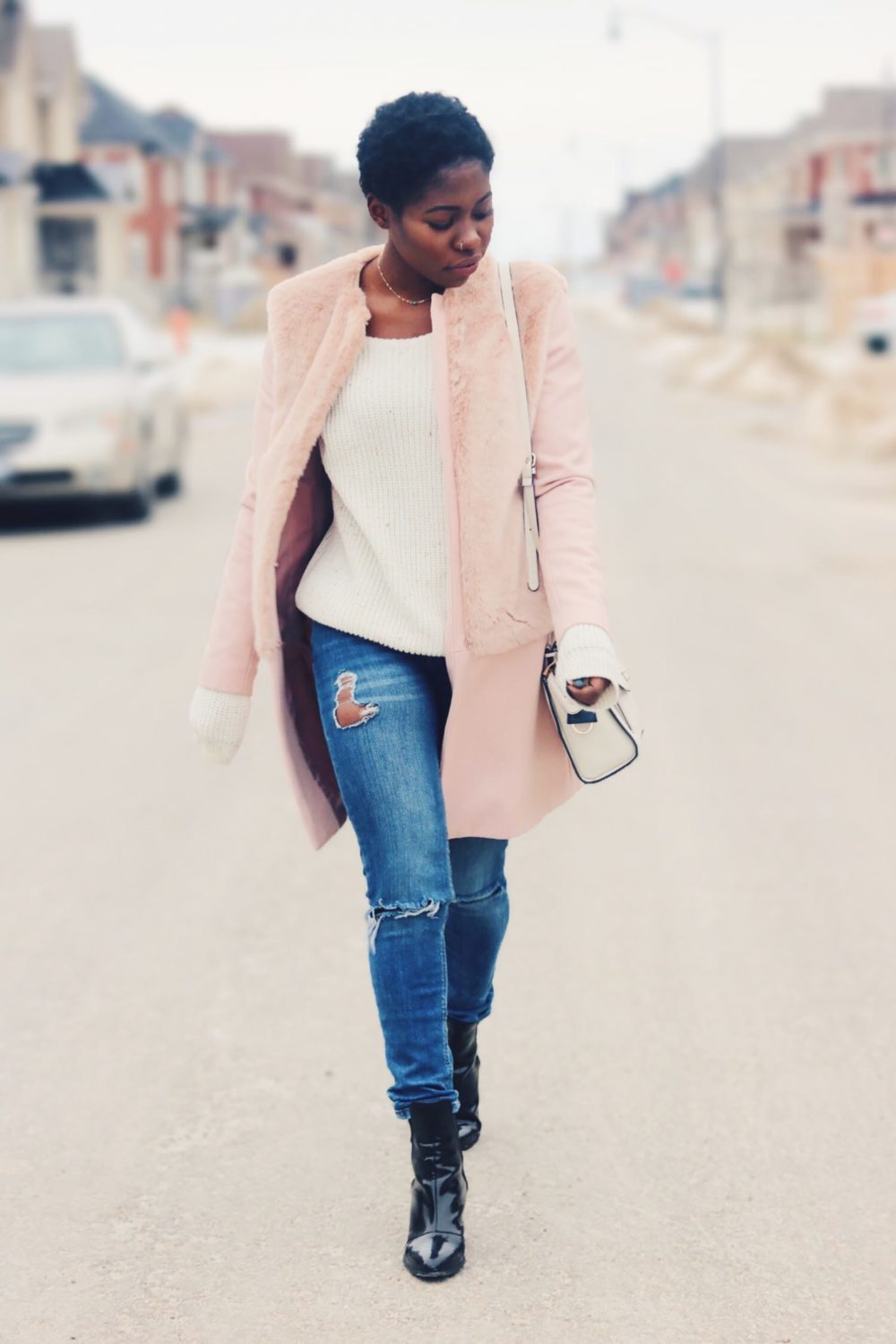 style-synopsis-denim-jeans-pink-coat