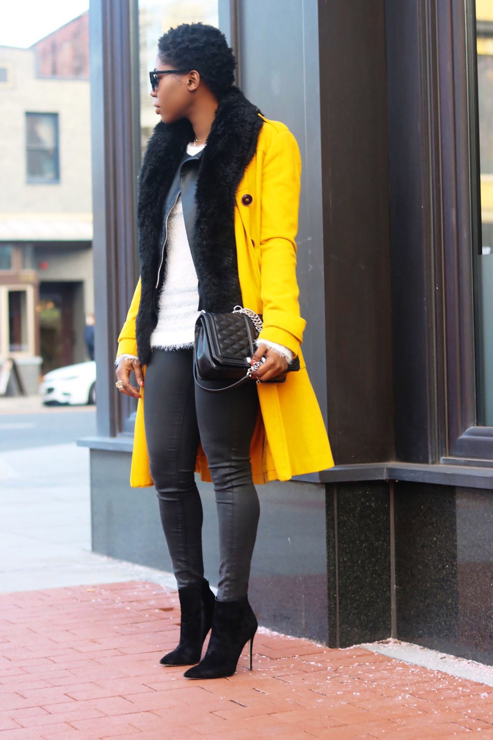 style-synopsis-leather-jeans-ankle-boots-street-style