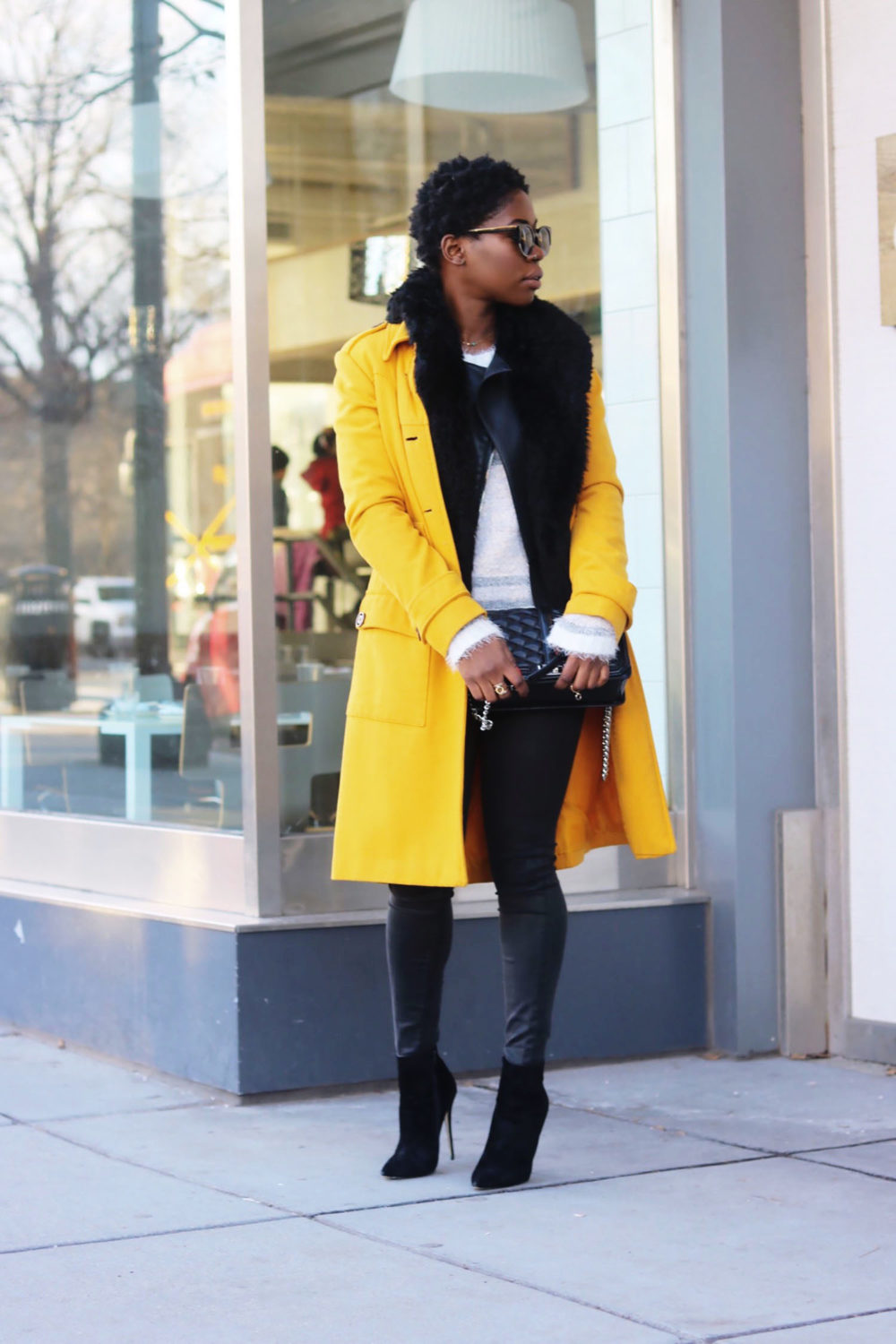 style-synopsis-trench-coat-ankle-boots-look