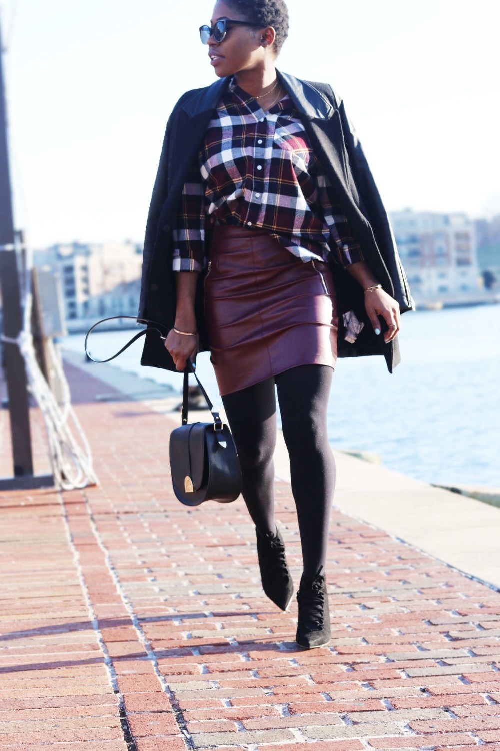 style-synopsis-winter-mini-skirt-plaid-shirt-look