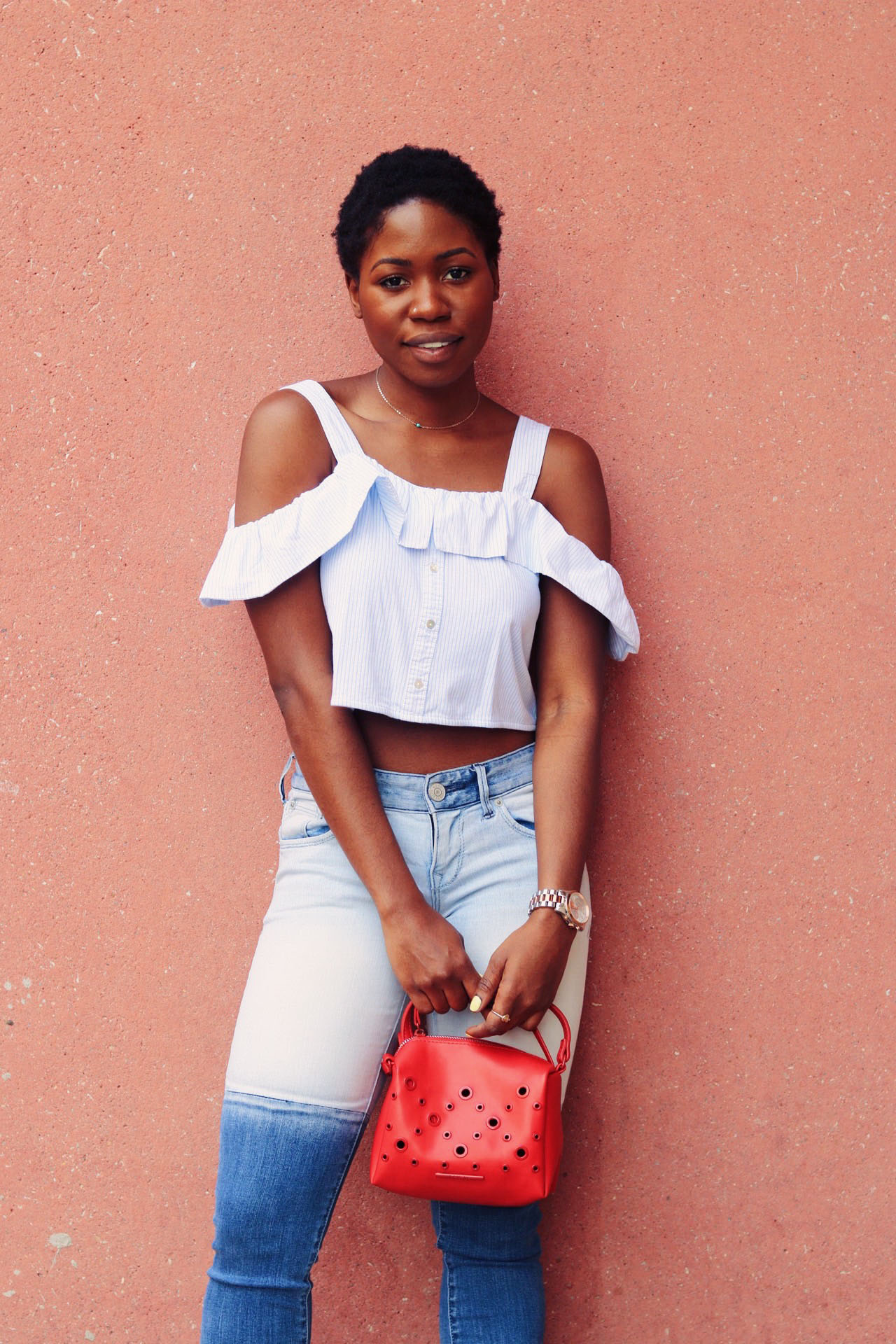 style-synopsis-two-toned-jeans-ruffle-top