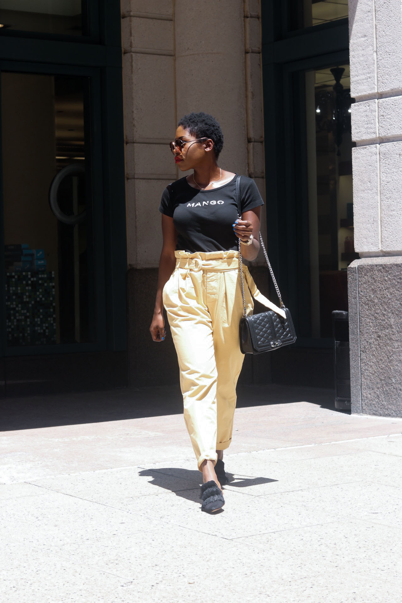 style-synopsis-high-waisted-pants-with-belt-and-tee-with-mules
