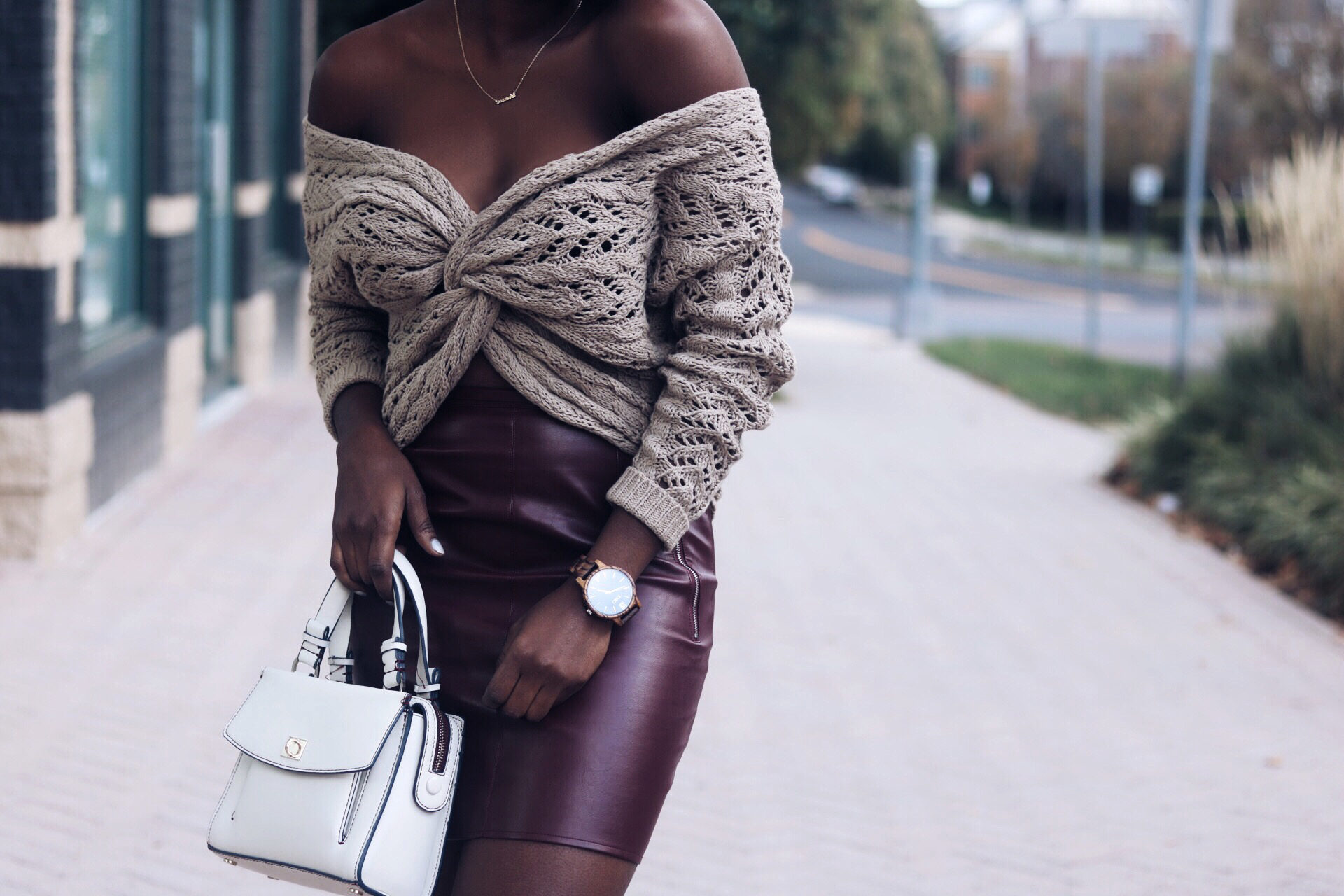 stylesynopsis-off-shoulder-chunky-sweater