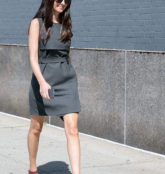 How to Wear High Heels: Walking in High Heels
