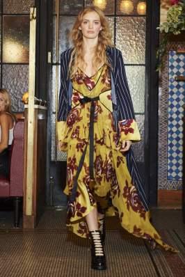 Cinq a Sept SS17 New York Fashion Week Trends Image via Vogue.com