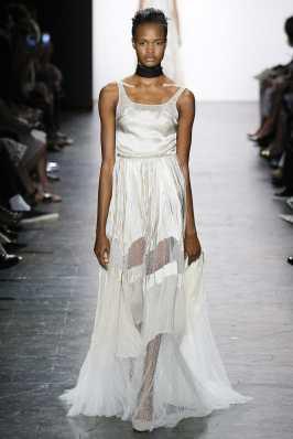 Dennis Basso SS17 New York Fashion Week Trends Image via Vogue.com
