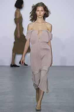 Barbara Casasola London Spring 2017 Trends // Photo via Vogue.com