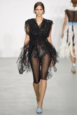 Emilio de la Morena London Spring 2017 Trends // Photo via Vogue.com