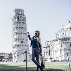 Update on Life and Its Photo Ops: Leaning tower of Pisa Italy