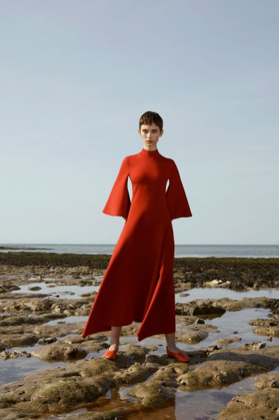 # Most Inspiring Looks from Resort 2018 Runway Collections 89