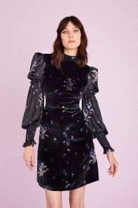# Most Inspiring Looks from Resort 2018 Runway Collections 93