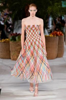 Oscar de la Renta New York Fashion Week Spring 2020 ©Imaxtree