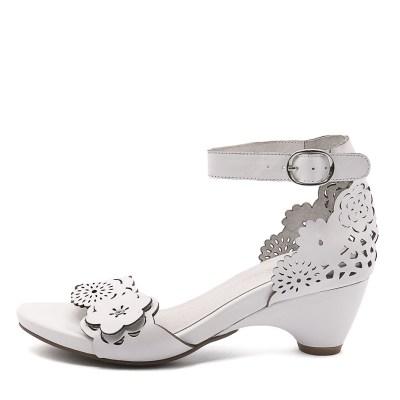 Django & Juliette Zimpa White Sandals