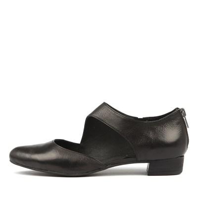 Django & Juliette Earhart Black Shoes