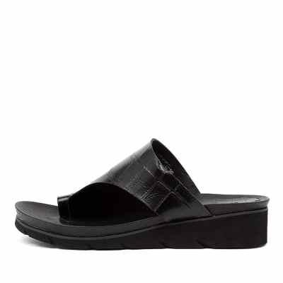 Django & Juliette Lacount Black Sandals