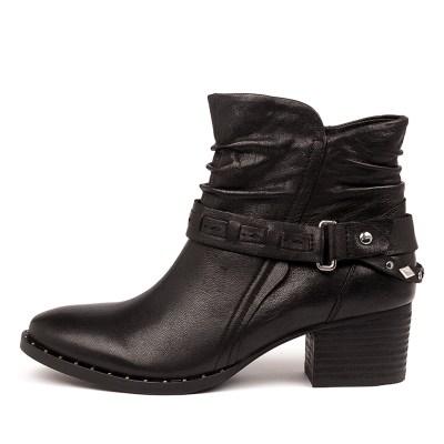 Earth Desoto Black Boots