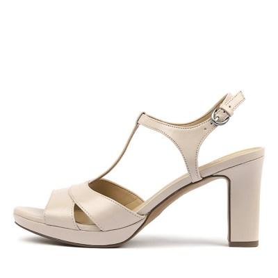 Naturalizer Finn N Soft Marble Sandals