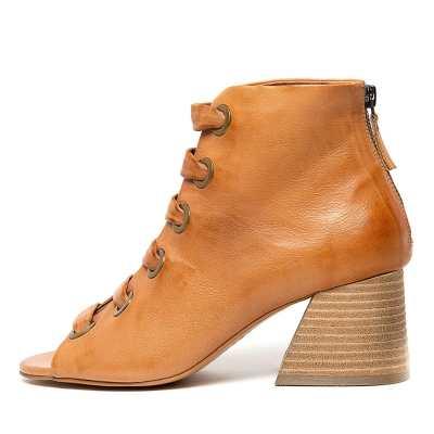 Silent D Jamal Tan Boots