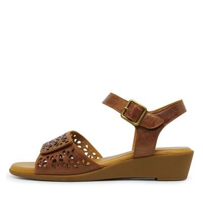 Supersoft Ibelia Dark Tan Sandals