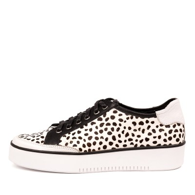Top End Leland White & Black Sneakers