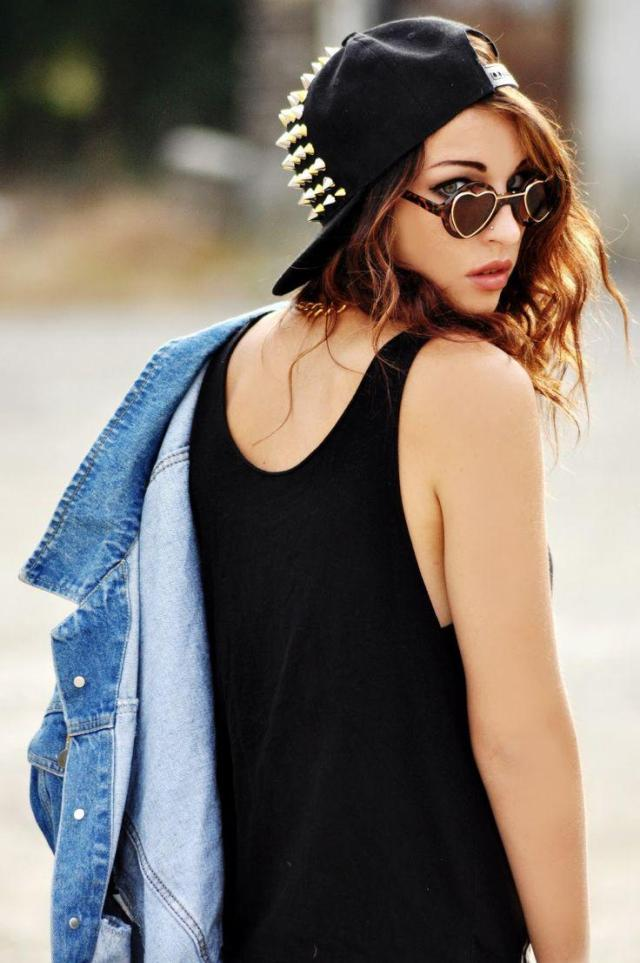 hot girl with glasses and snapback on stylevore