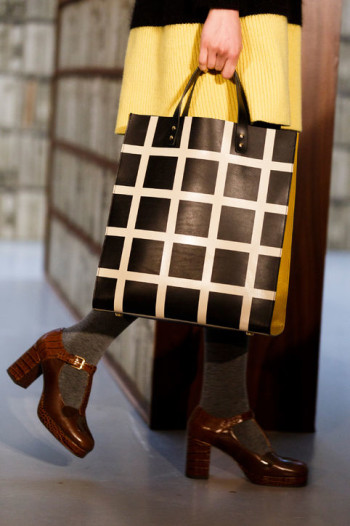 Fal 2015 Access. CR Picks Orla Kiely - embossed tote